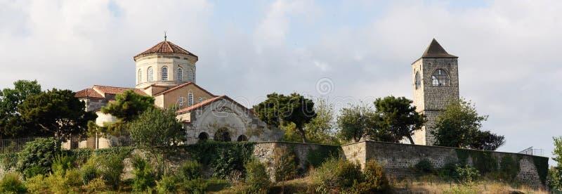 Aya Sofya moské och klockatorn i Trabzon, Turkiet arkivbilder