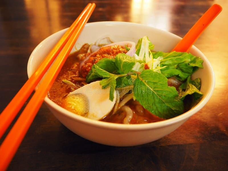 Ayam Laksa, het Melaka-voedsel bij Jonker-straat, Maleisië stock afbeelding