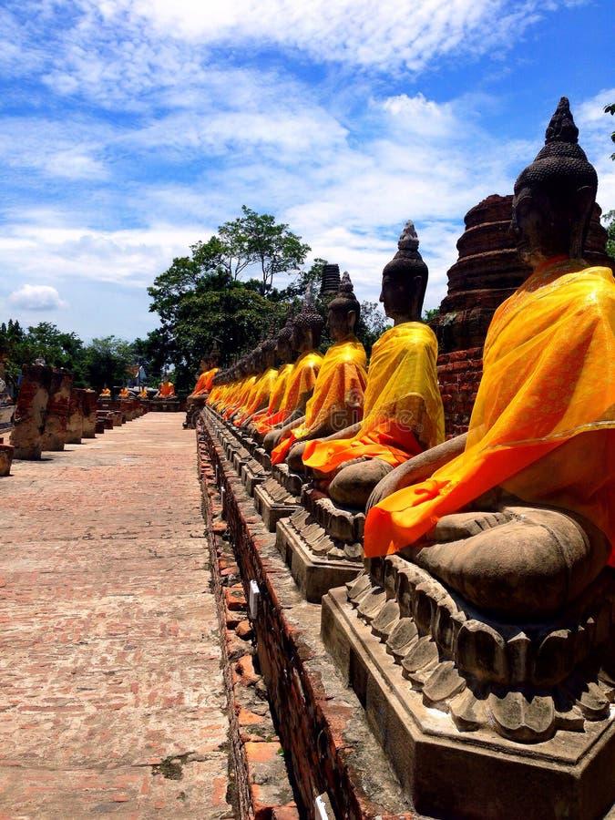 Ayhuttaya, 24 Thailand-Augustus, 2014: Boeddhismebeeld en godsdienst royalty-vrije stock afbeeldingen