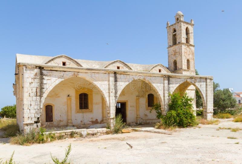 Ayia小游艇船坞教会在Yialousa, Karpasia,塞浦路斯 免版税库存图片