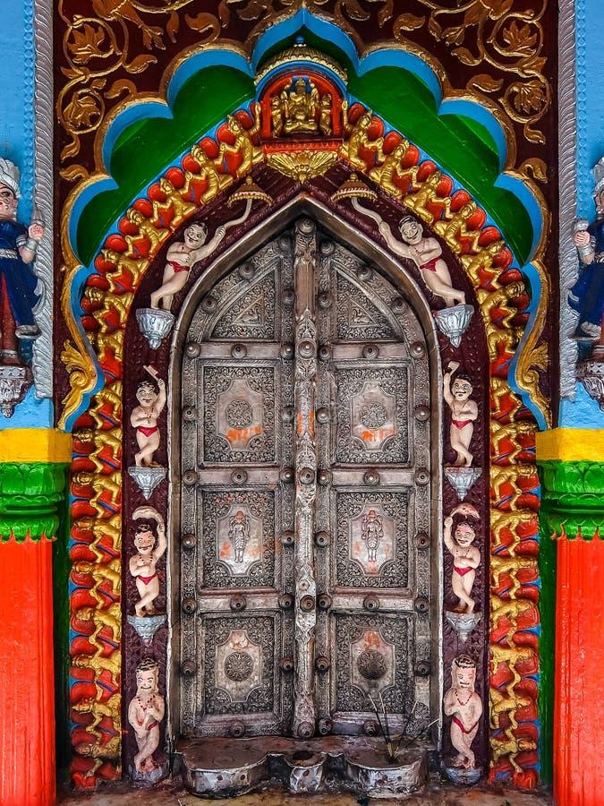 Ayodhya, Ινδία Ναός Garhi Hanuman Λεπτομέρειες της αρχιτεκτονικής στοκ εικόνες