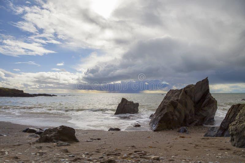 Ayrmer liten vik, Devon, England royaltyfri bild