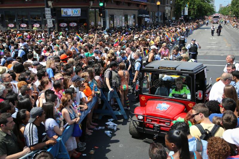 Ayuda de la emergencia durante el desfile de Chicago imagen de archivo libre de regalías