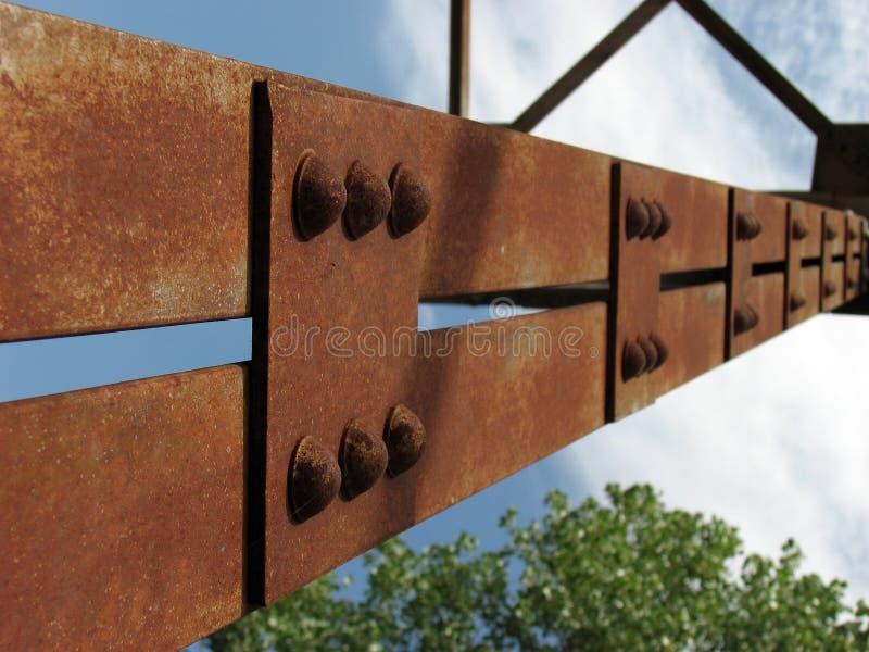 Ayuda del puente fotografía de archivo