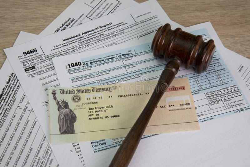 Ayuda legal en impuestos imágenes de archivo libres de regalías