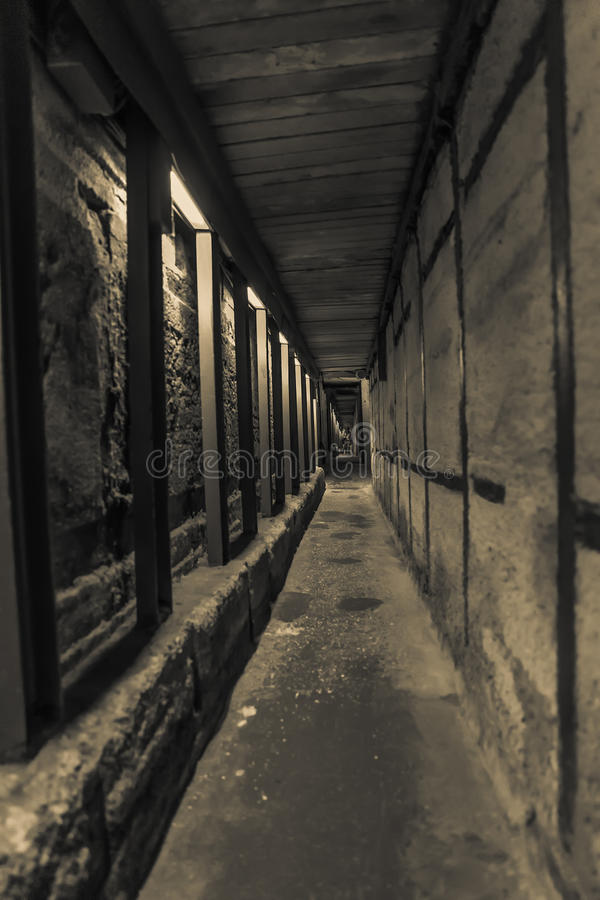 Ayudas occidentales del hormigón del túnel de la pared imagen de archivo