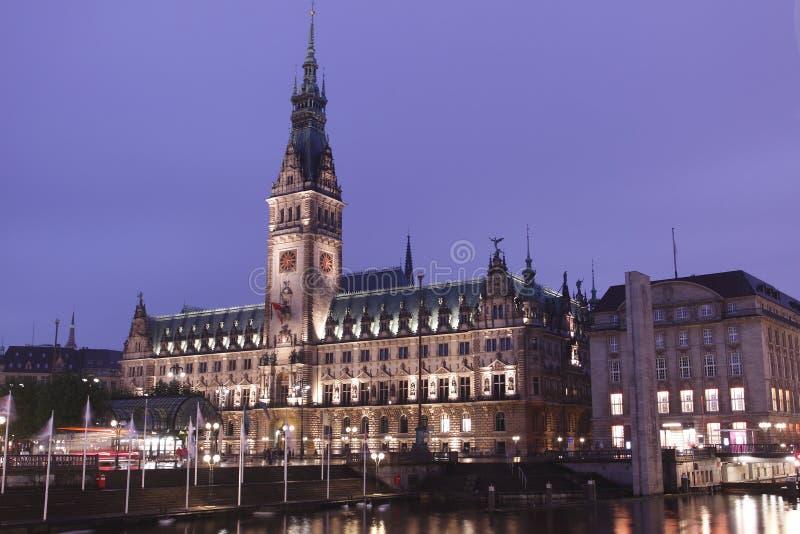 Ayuntamiento de Hamburgo imagenes de archivo