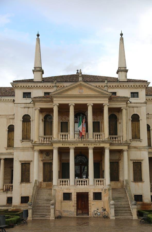 ayuntamiento de Noventa Vicentina una pequeña ciudad en la región de Véneto adentro imagen de archivo libre de regalías