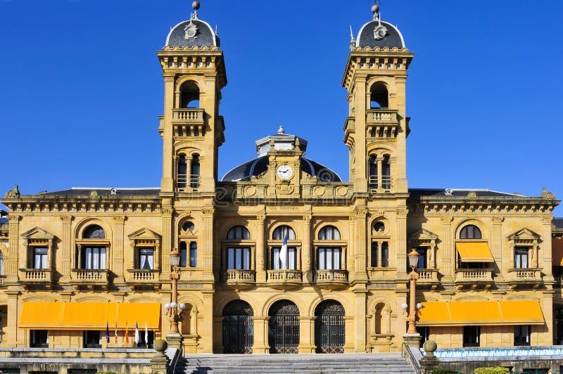 Ayuntamiento de San Sebastián, España imagenes de archivo