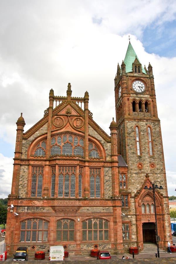 Ayuntamiento en Londonderry Irlanda del Norte foto de archivo