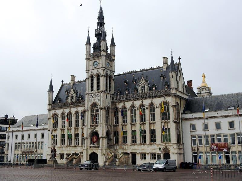 Ayuntamiento - St Niklaas - Bélgica imagenes de archivo