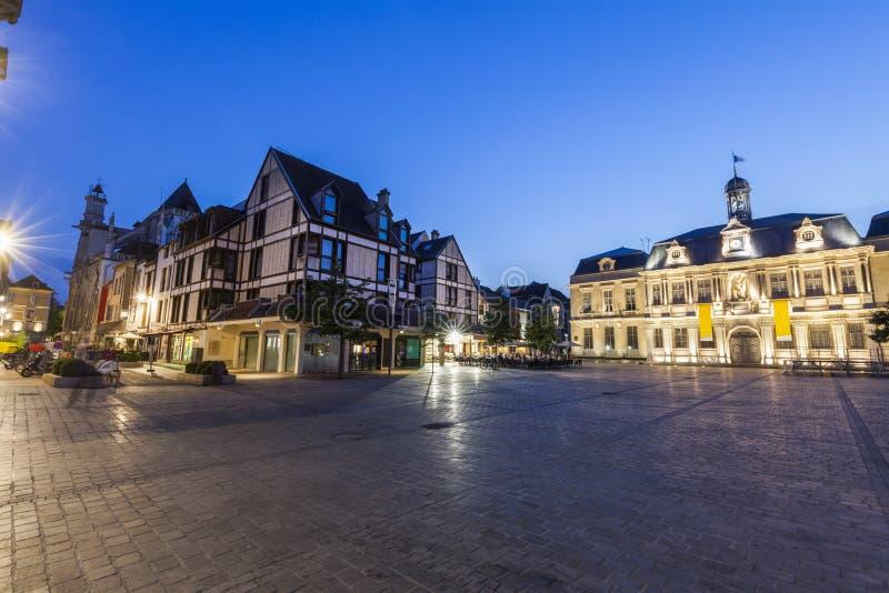 Ayuntamiento Troyes imagen de archivo