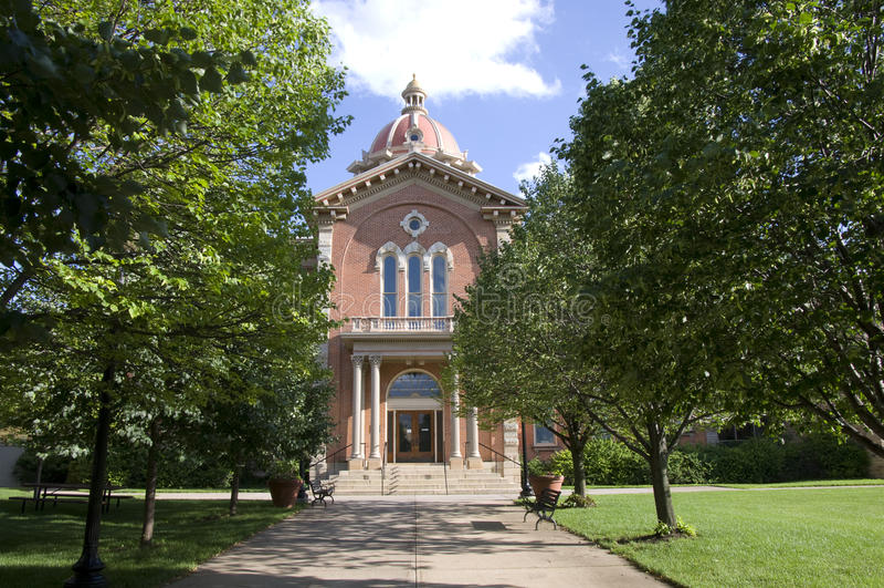 Ayuntamiento y calzada de Hastings Minnesota imagen de archivo