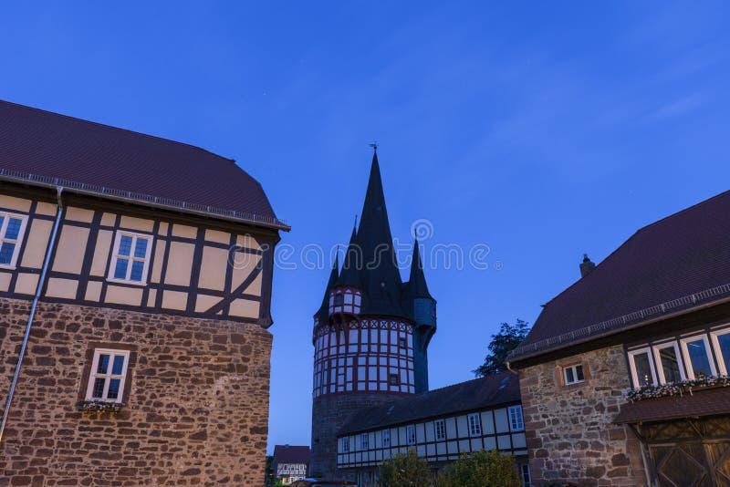 Ayuntamiento y torre vieja en Neustadt, Alemania fotografía de archivo