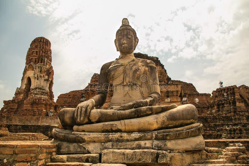 ayutthaya Будда стоковое изображение rf