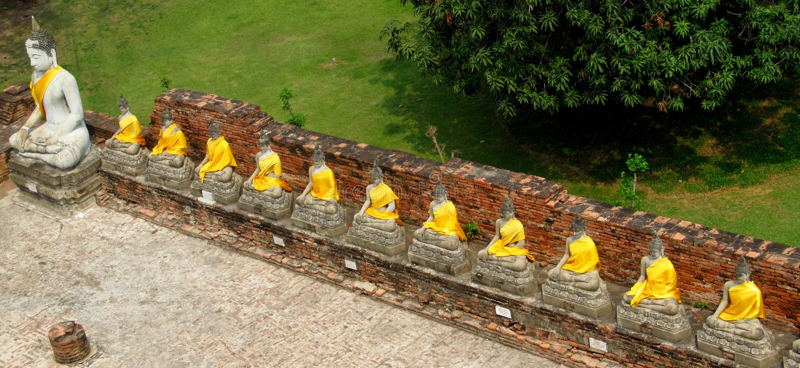 Ayutthaya antycznego miasta ruiny w Tajlandia, Buddha statuy obraz royalty free