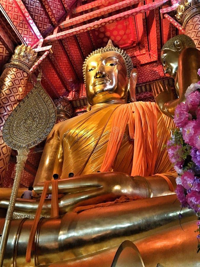 Ayutthaya Buddhagud arkivbild