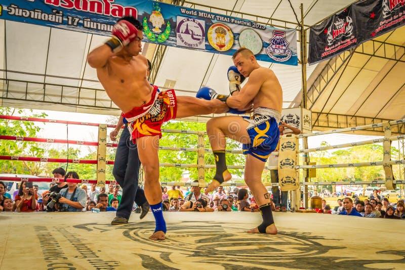 De Thaise de vechtersconcurrentie van Muay stock foto