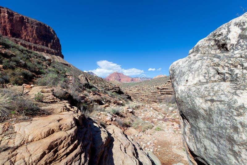 AZ-грандиозная заводь Запад-рожка следа оправы-Tonto каньонов стоковое фото rf