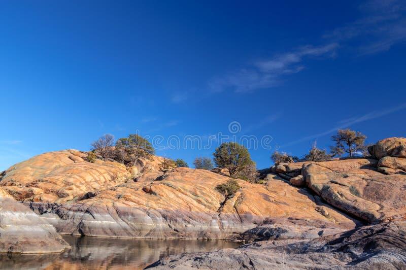 AZ-Prescott-granit Dells-pil sjö fotografering för bildbyråer