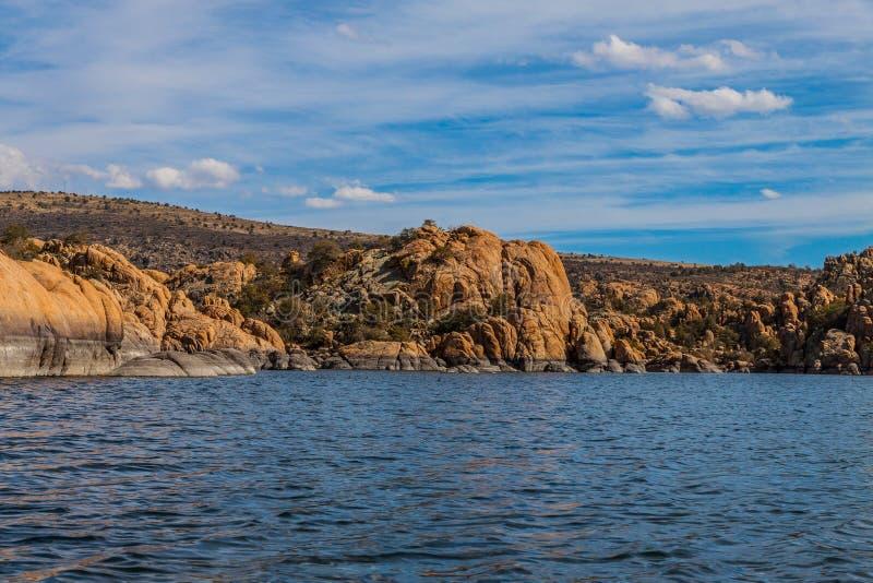 AZ-Prescott-granit Dells-Watson sjö fotografering för bildbyråer