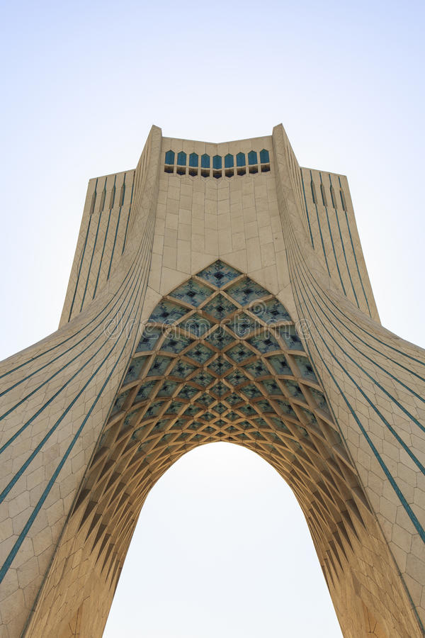 Azadi-Turm in Teheran, der Iran stockbild