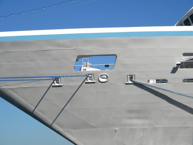 Azamara poszukiwanie, turystyczny liniowiec w porcie Duży turystyczny statek obraz royalty free