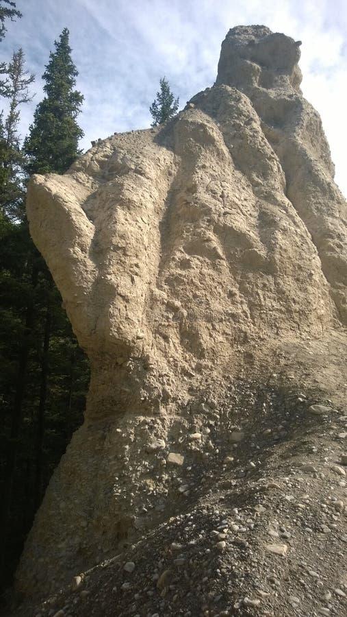 Azarento da montanha de banff do vale da curva imagens de stock