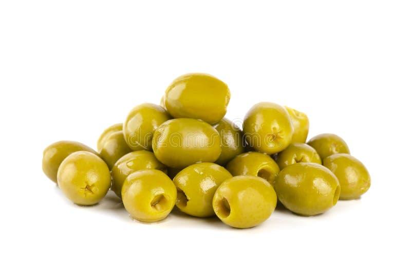 Azeitonas verdes isoladas fotos de stock