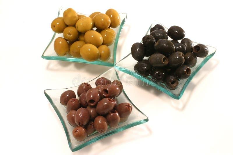 Azeitonas verdes, pretas e marrons fotografia de stock royalty free