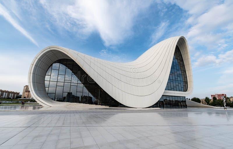 Azerbaijan Baku, centro del aliyev de Heydar imagen de archivo