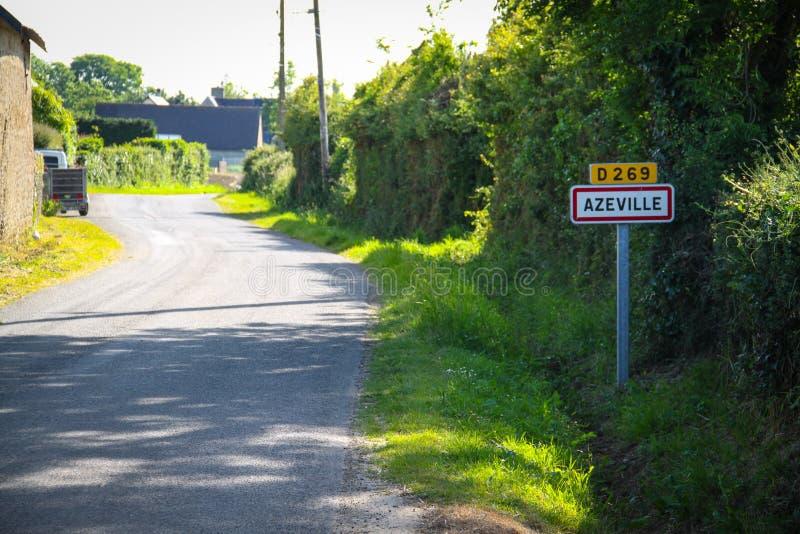 Azeville, verkeersteken van de stad stock afbeelding