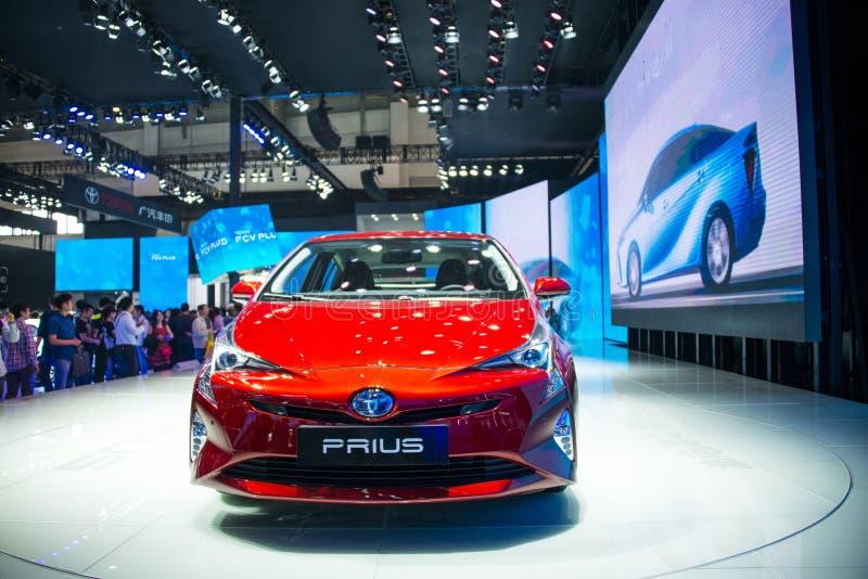Azië China, Peking, de internationale automobiele tentoonstelling van 2016, Binnententoonstellingszaal, Toyota Prius stock afbeelding