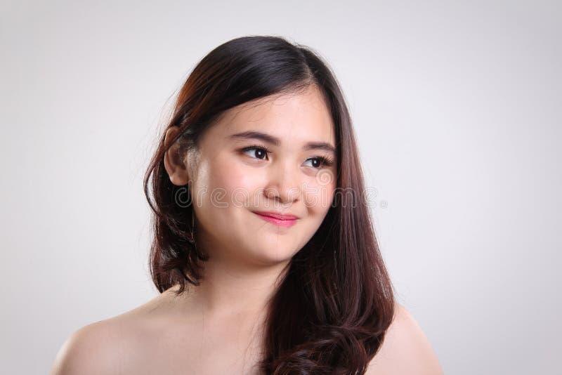 Aziatisch de close-upportret van de meisjes natuurlijk schoonheid stock afbeeldingen