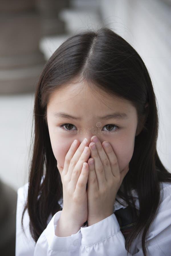 Aziatisch elementair schoolmeisje stock afbeeldingen