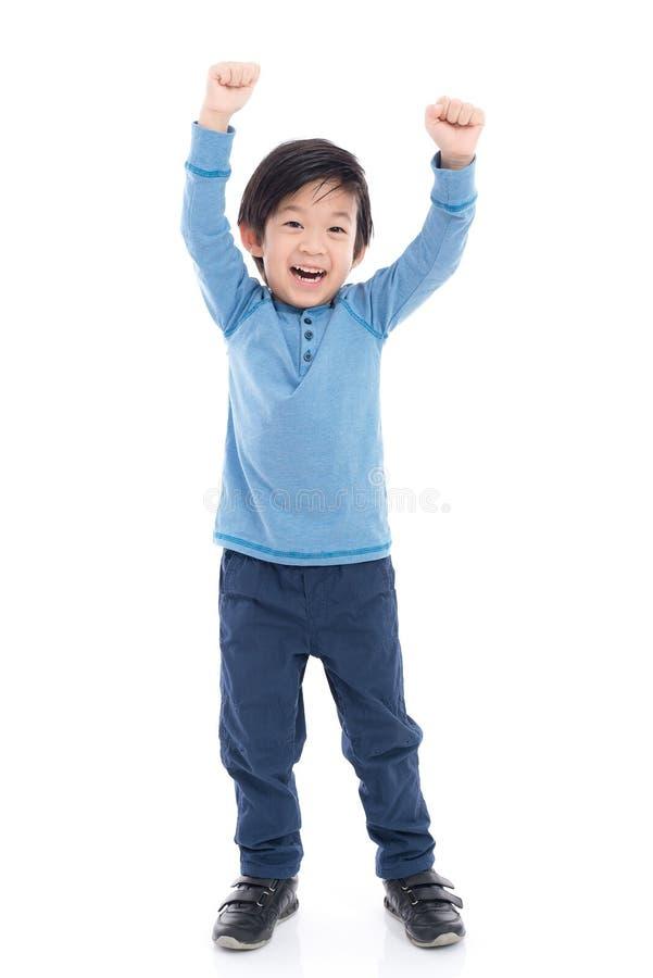Aziatisch kind die winnaar sig tonen stock foto's