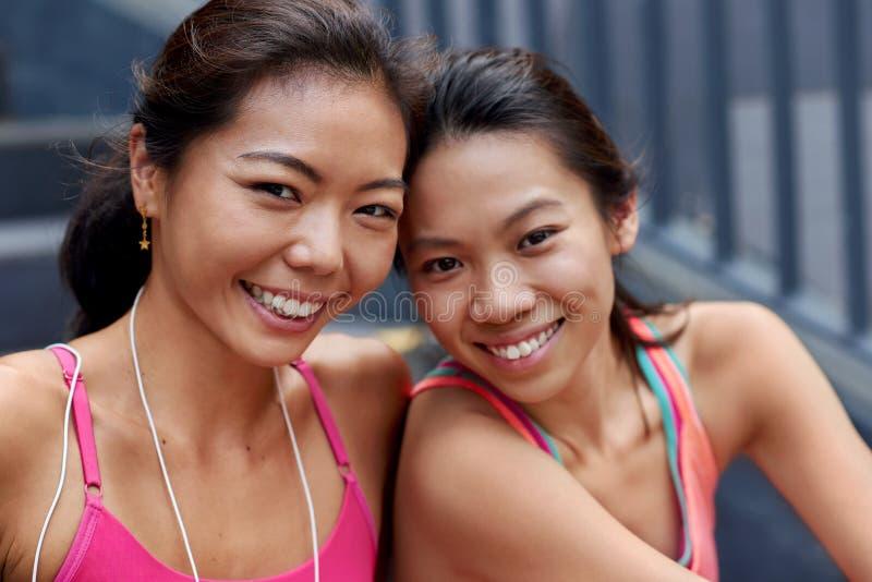 Aziatisch vriendenportret stock fotografie