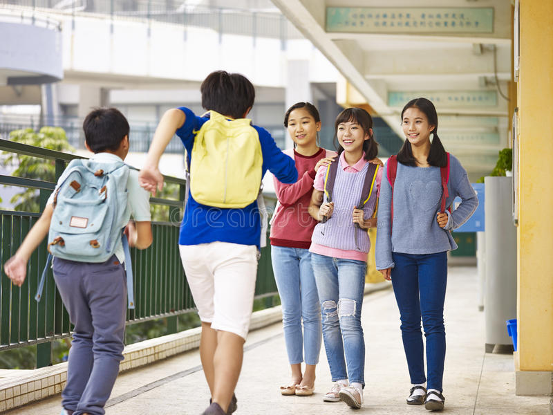 Aziatische basisschoolkinderen royalty-vrije stock foto