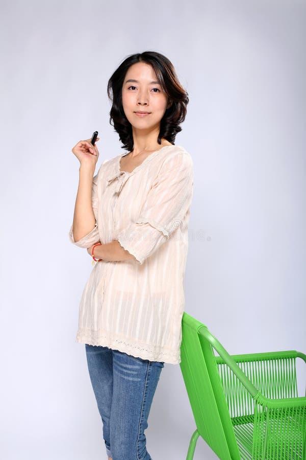 Aziatische bedrijfsvrouw royalty-vrije stock afbeeldingen