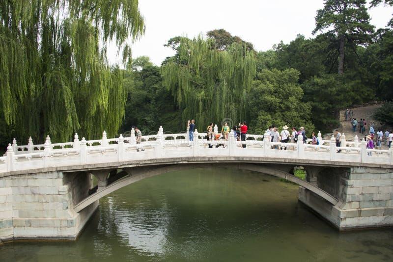 Aziatische Chinees, Peking, het de Zomerpaleis, de steenbrug royalty-vrije stock foto