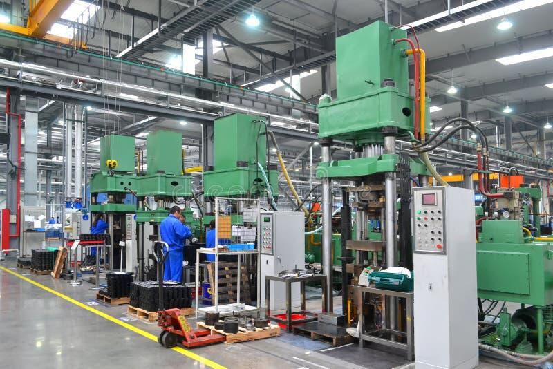 Aziatische fabriek stock afbeeldingen