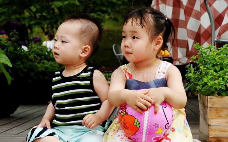 Aziatische kinderen stock afbeeldingen