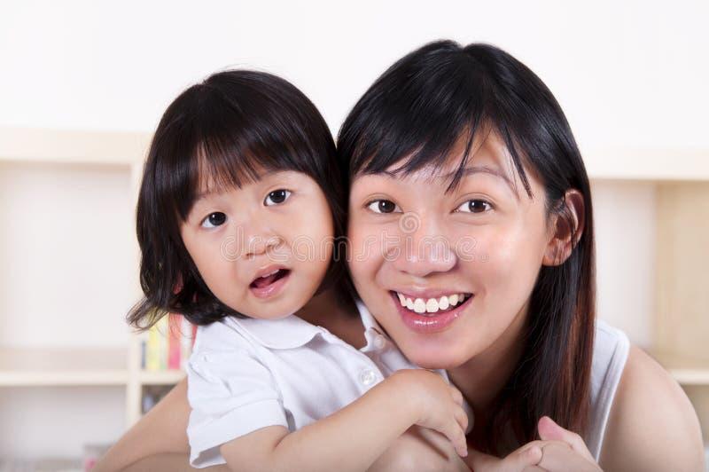 Aziatische Moeder en dochter royalty-vrije stock foto