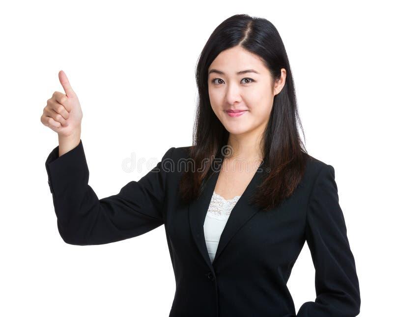 Aziatische Onderneemster met omhoog duim royalty-vrije stock foto's