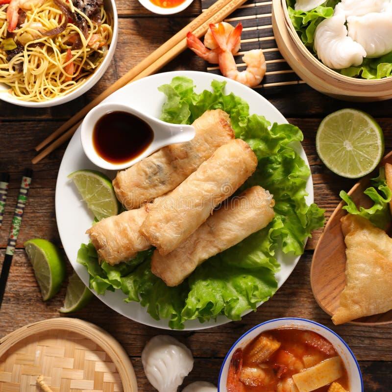 Aziatische voedselselectie royalty-vrije stock afbeeldingen