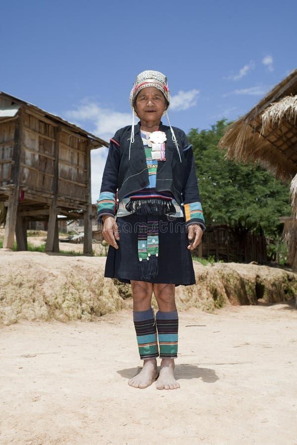 Aziatische vrouw Akha in traditioneel kostuum, Laos royalty-vrije stock afbeelding