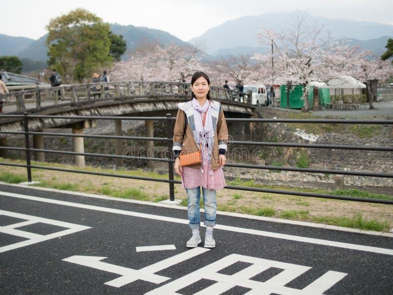 Aziatische vrouwen in Nishikyo -nishikyo-ku, Kyoto, Japan stock fotografie