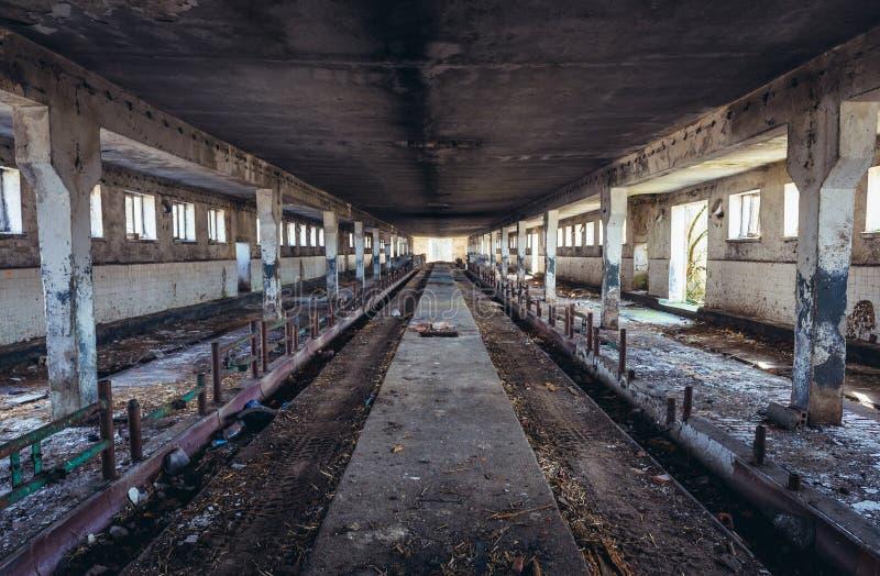 Azienda agricola abbandonata in Polonia fotografia stock