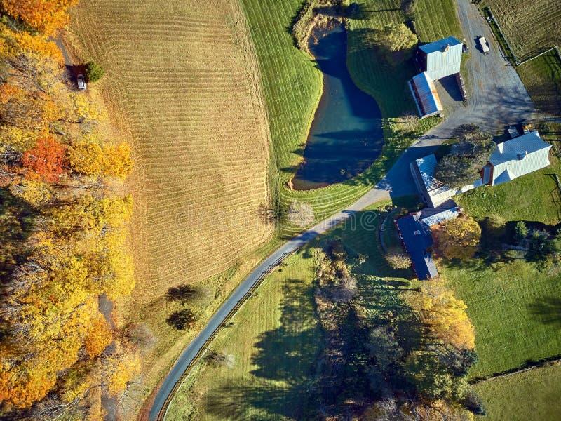 Azienda agricola all'autunno in Woodstock, Vermont, U.S.A. fotografia stock libera da diritti