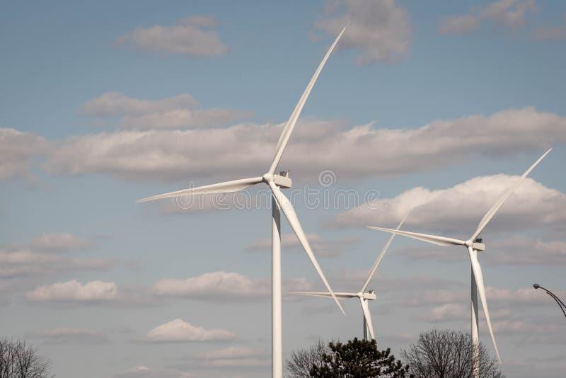 Azienda agricola del generatore eolico in Indiana immagine stock libera da diritti